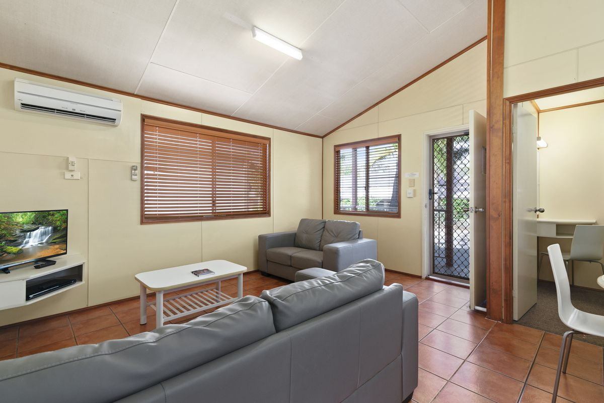 Budget Family Villa 3 Bedroom Gold Coast Holiday Accommodation