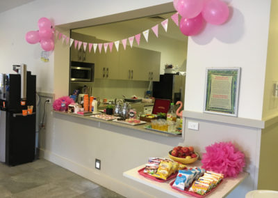 Guest Morning Tea at Ashmore Palms