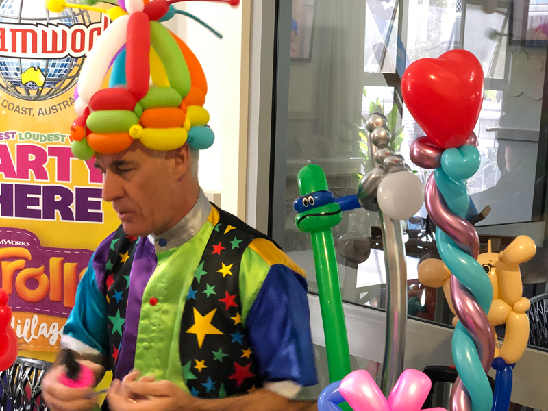 Balloon Modelling at Ashmore Palms