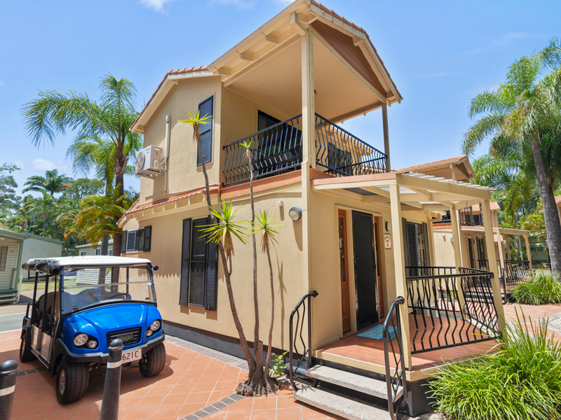 Macaw Mansion Gold Coast holiday accommodation at Ashmore Palms